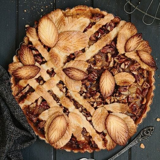 caramel pear pecan pie from The Pretty