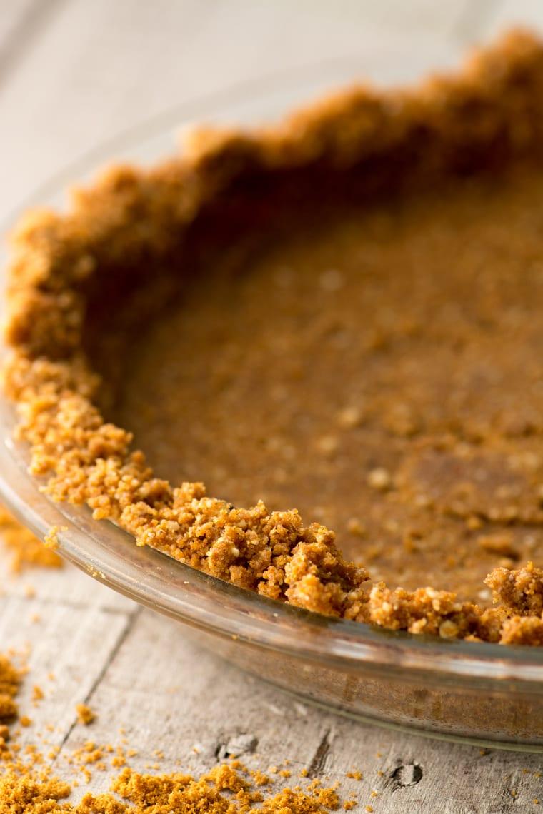 a gingersnap crumb crust