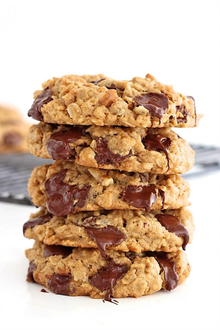 Flourless Oatmeal Chocolate Chip Cookies from The Baker Mama