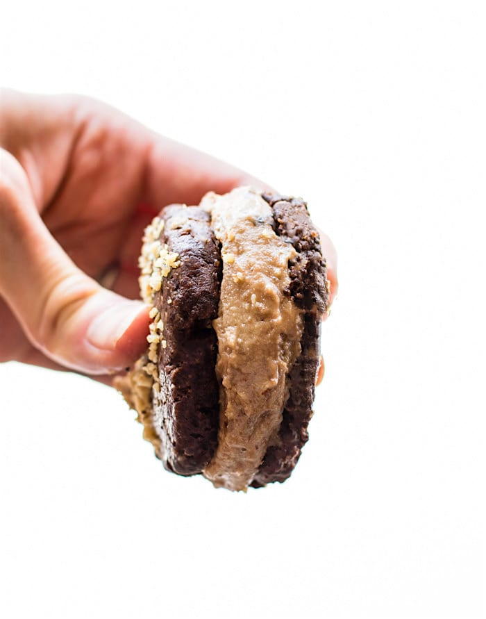 Flourless Double Chocolate Cookie Sandwiches ~ 25 MORE Fabulous Flourless Cookies