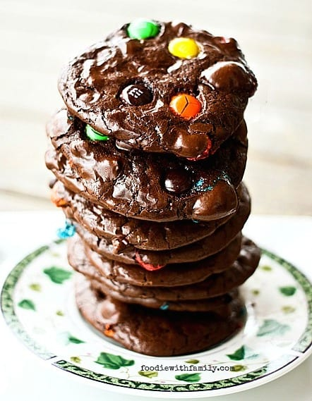 Flourless M&M Brownie Cookies ~ 25 MORE Fabulous Flourless Cookies