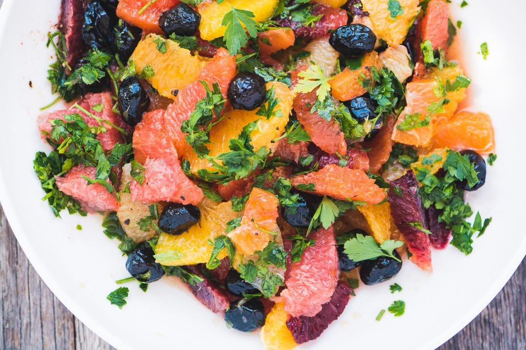 Spicy Citrus Salad with Black Olives ~ this healthy Mediterranean fruit salad is packed with the sunny flavors of the Mediterranean!
