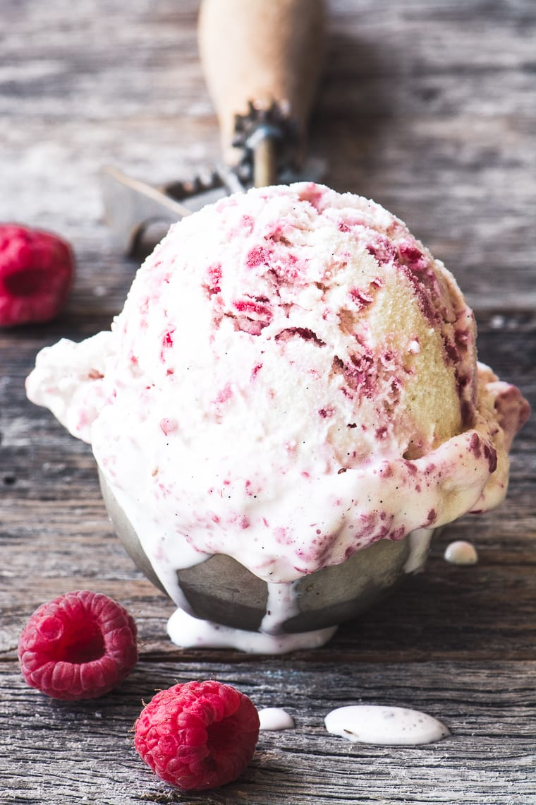 Fresh Raspberry Ripple Ice Cream
