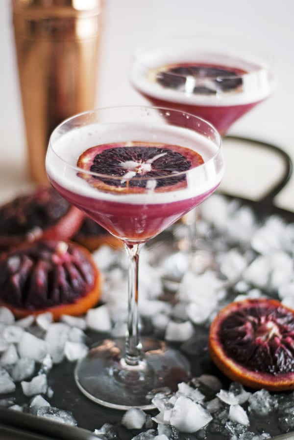 What to Drink Now ~ Fall cocktails are the BEST...think cranberry, maple, apple, pear, fig, pumpkin, woodsy herbs and smokey spices ~ check out this gorgeous Autumn inspired cocktail collection and get ready to discover your new favorite cozy sip... The Charming Detroiter