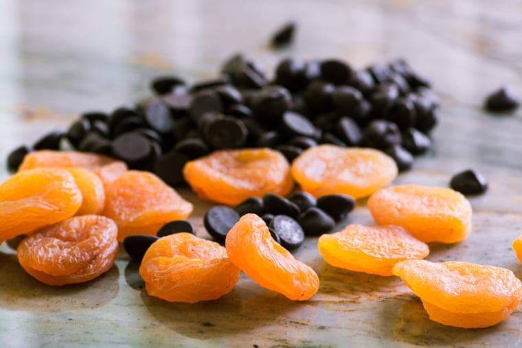 chocolate chips and apricots for Chocolate Dipped Apricots