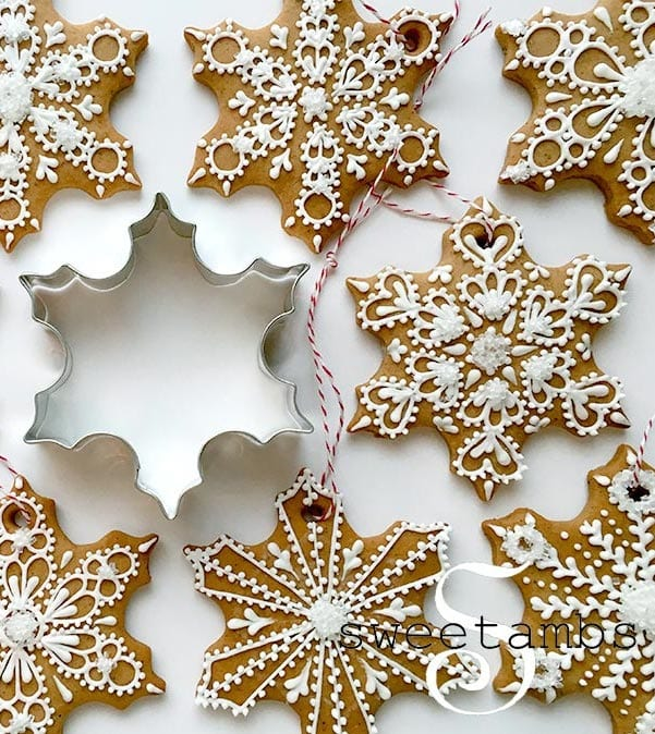 gingerbread snowflake cookies with cookie cutter