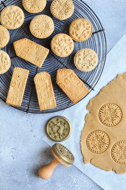 gingerbread sable cookies