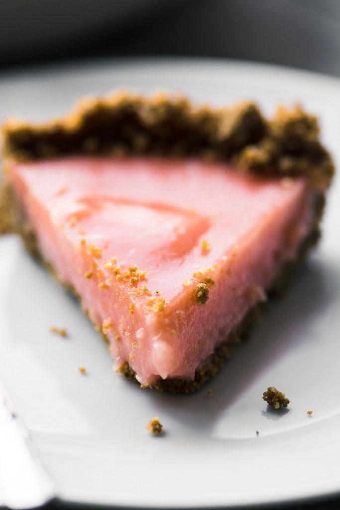 Grapefruit Gingersnap Pie