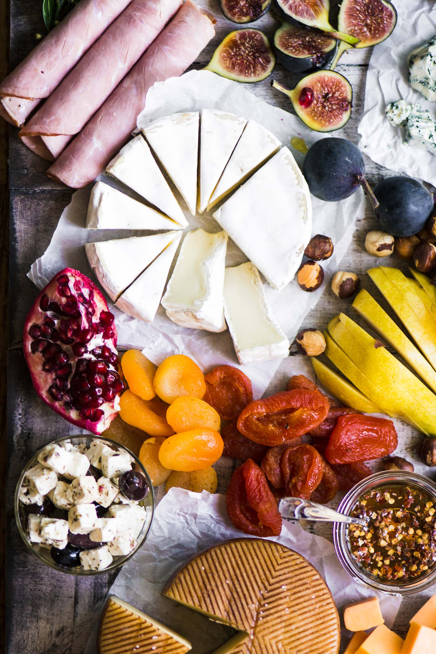 How to make the ultimate cheese board with dried fruits, fresh fruits, nuts, and cheeses