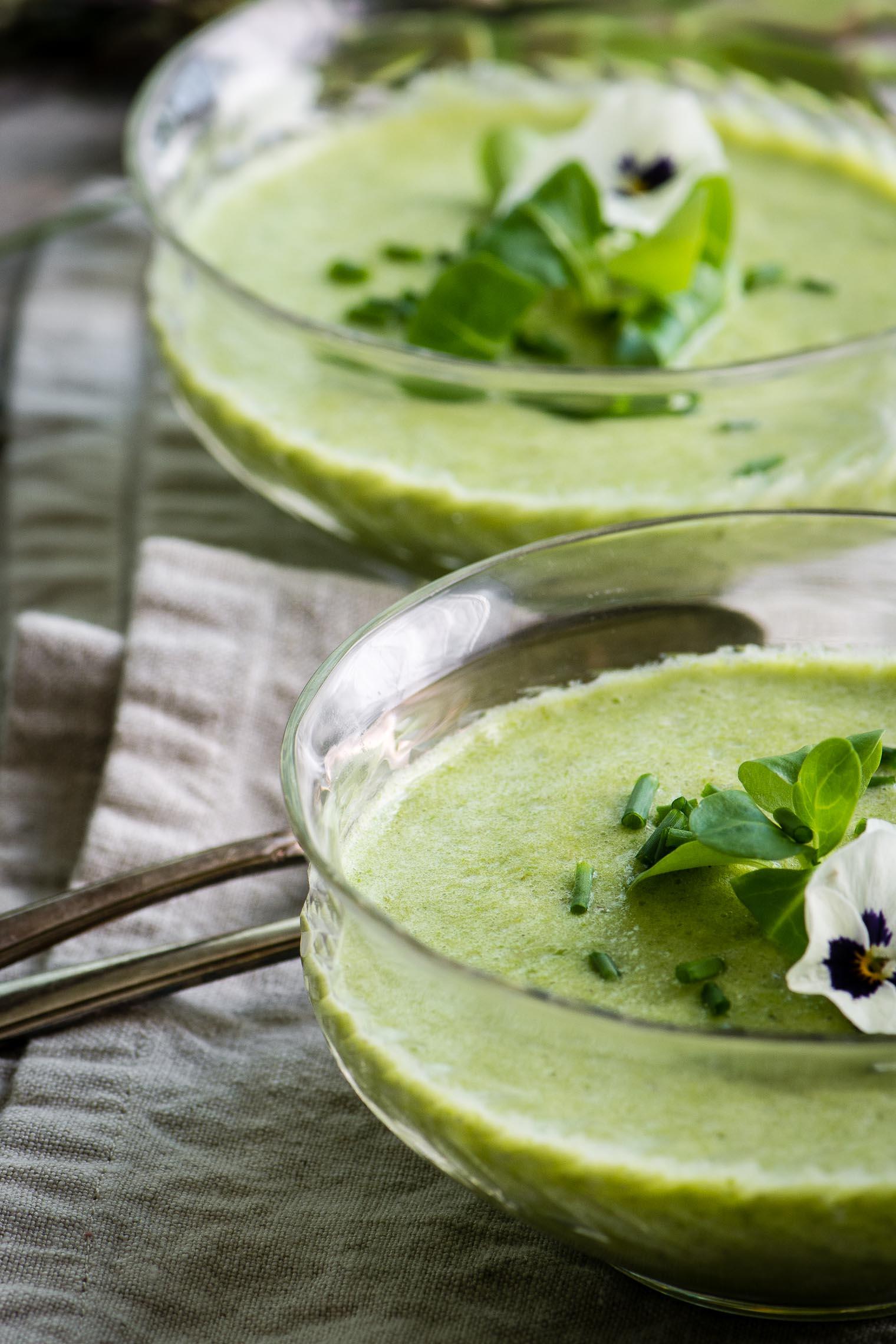 Asparagus Blender Soup in glass bowls