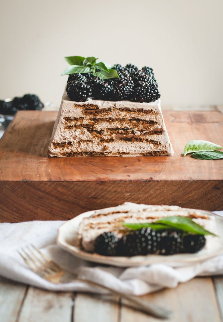 Summer's Best Icebox Cakes ~ blackberry mascarpone icebox cake