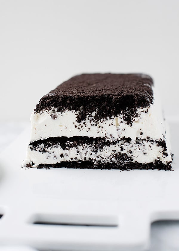 Summer's Best Icebox Cakes ~ cookies and cream icebox cake