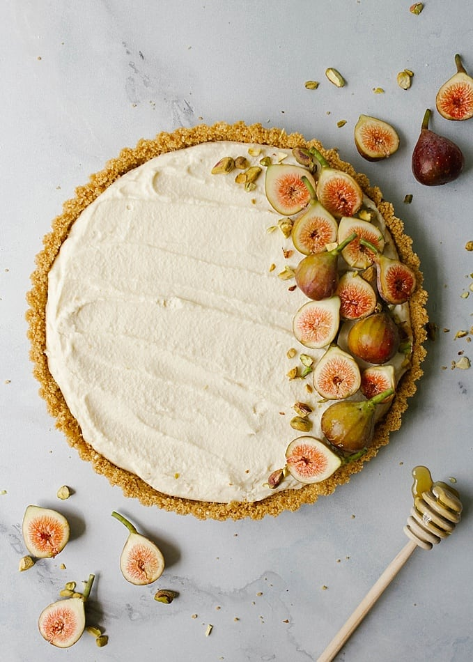 Mascarpone tart with figs