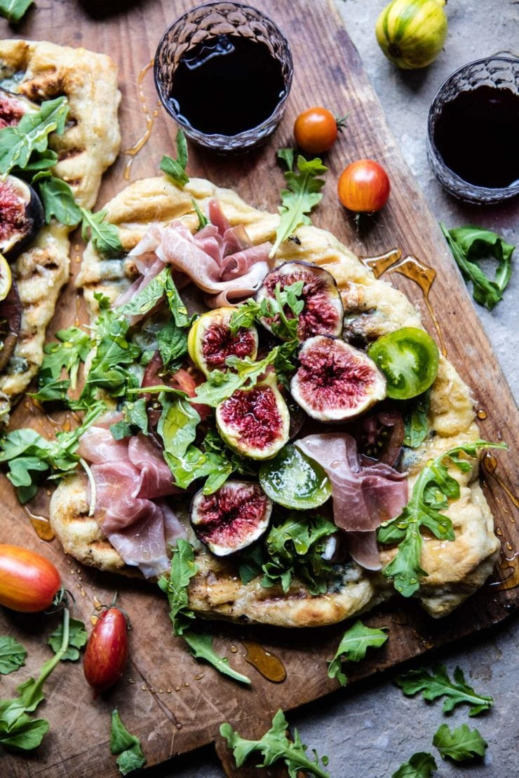 What to Eat Now: Figs | Tomato Fig and Prosciutto Pizza