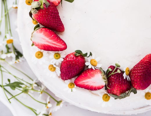 Strawberry Cake with fresh strawberries