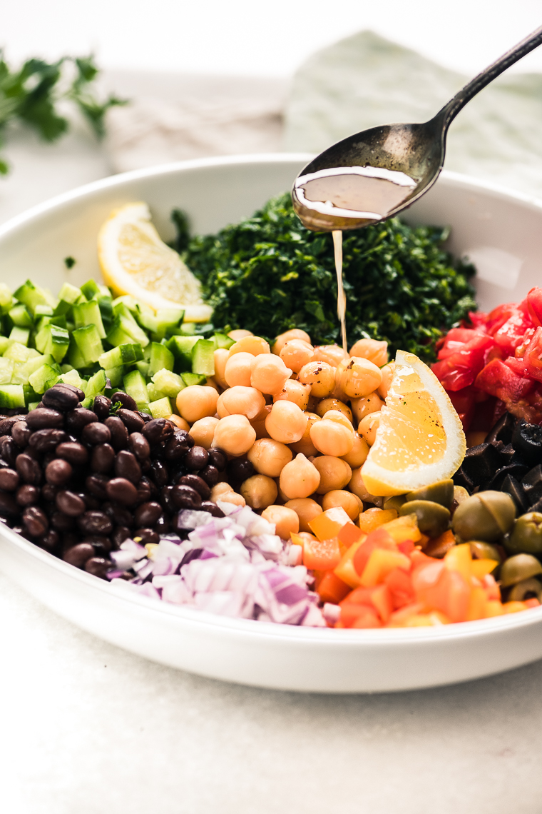 Dressing a Middle Eastern Chickpea Salad (balela salad)