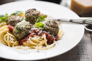 zucchini beef meatballs with pasta marinara