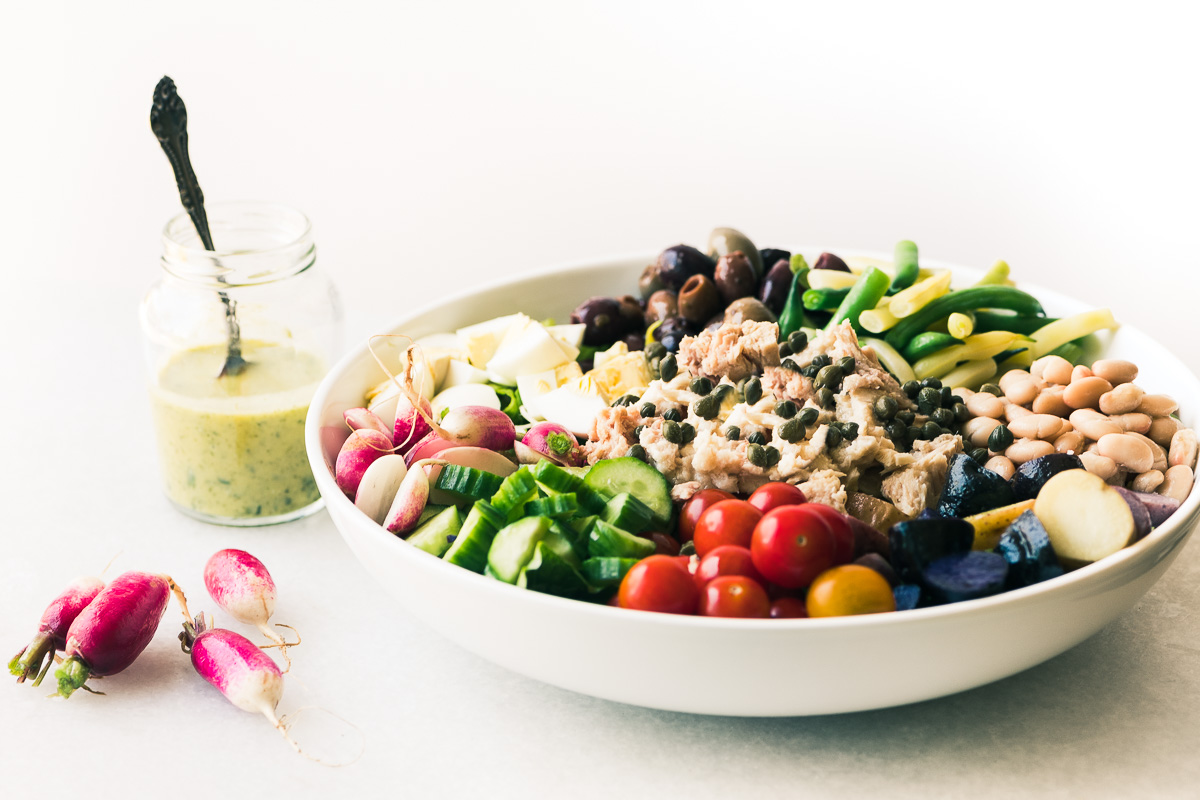 Nicoise salad with tarragon dressing
