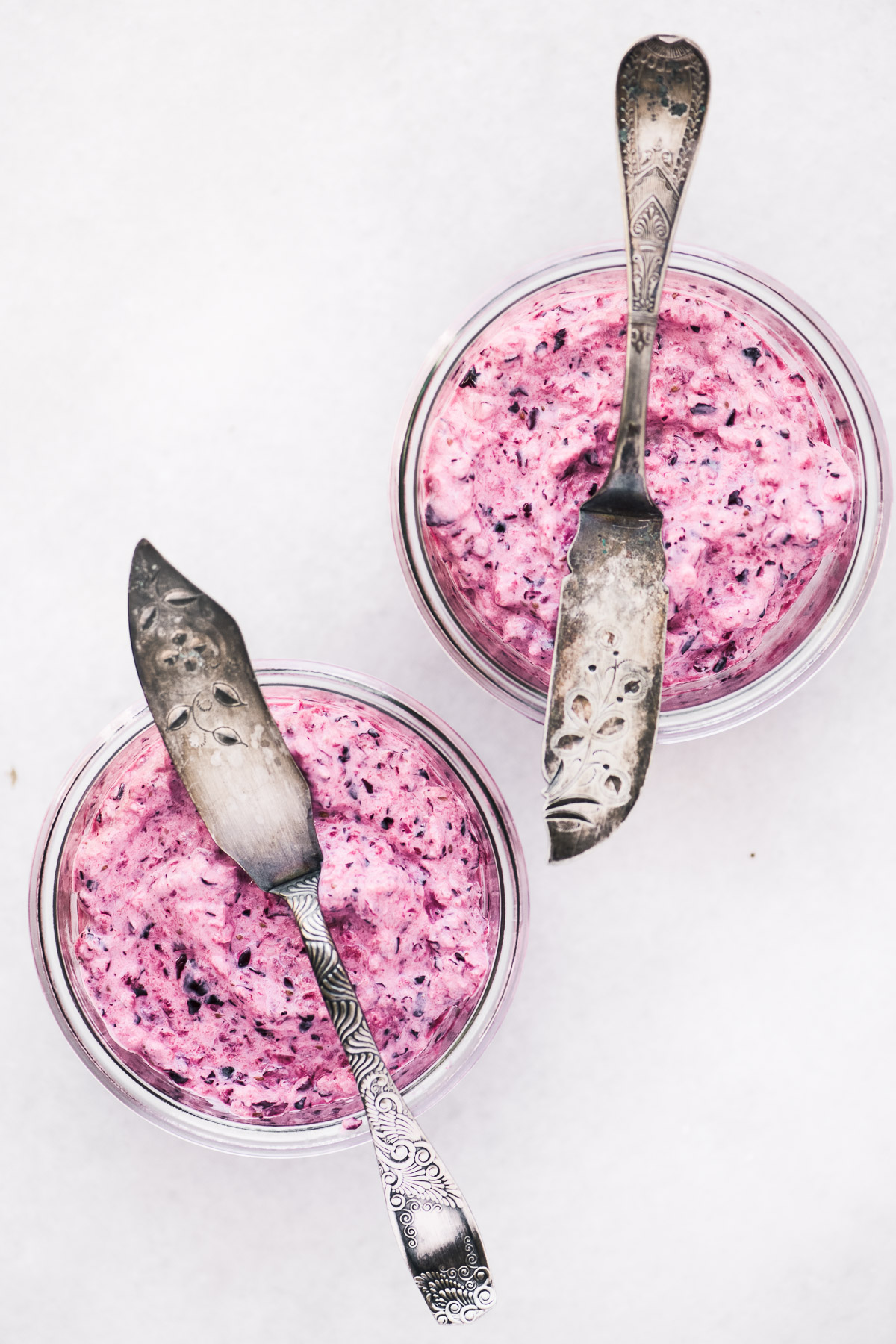 easy cranberry horseradish relish in small glass jars