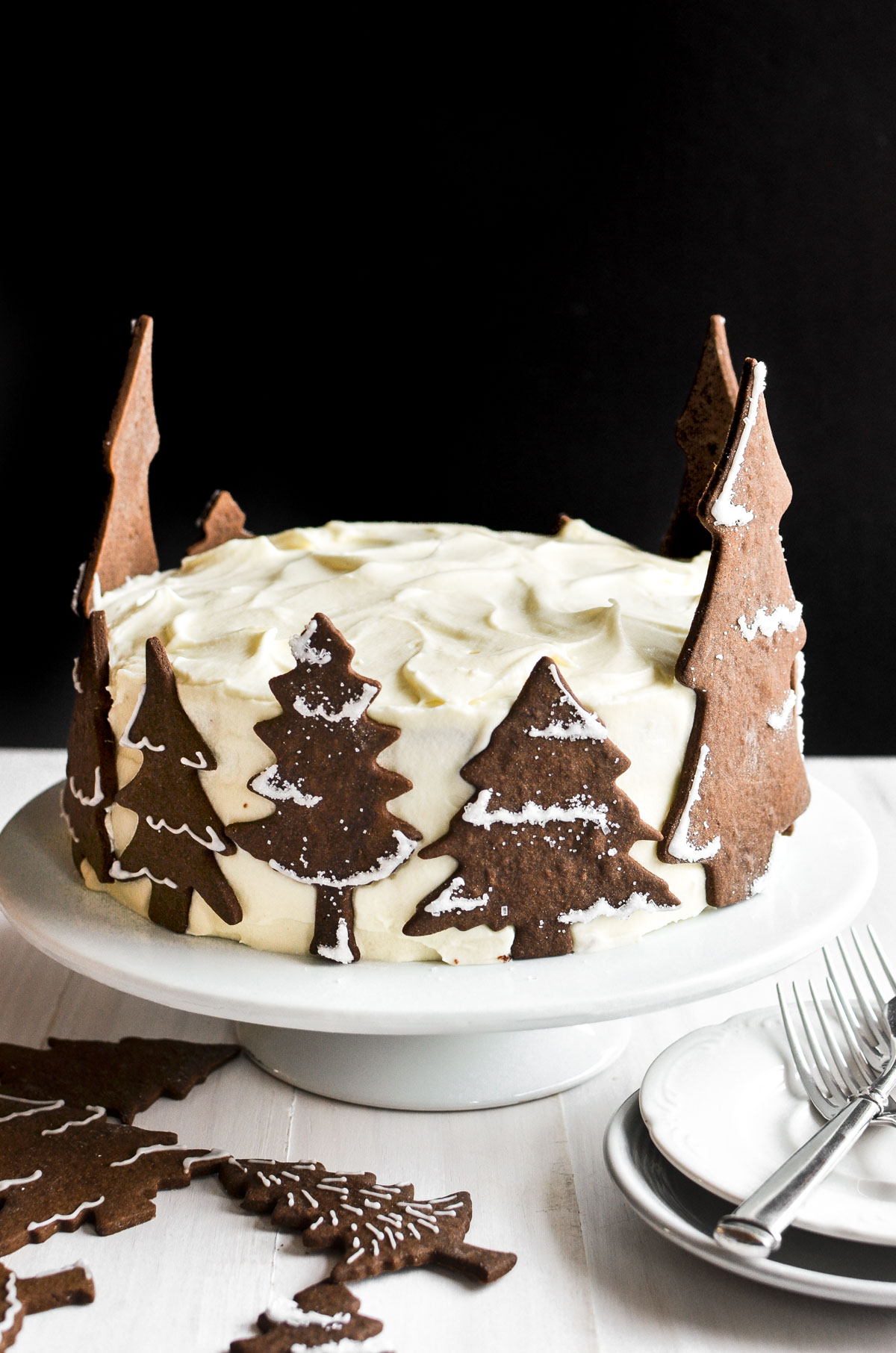 holiday gingerbread cake on a cake stand