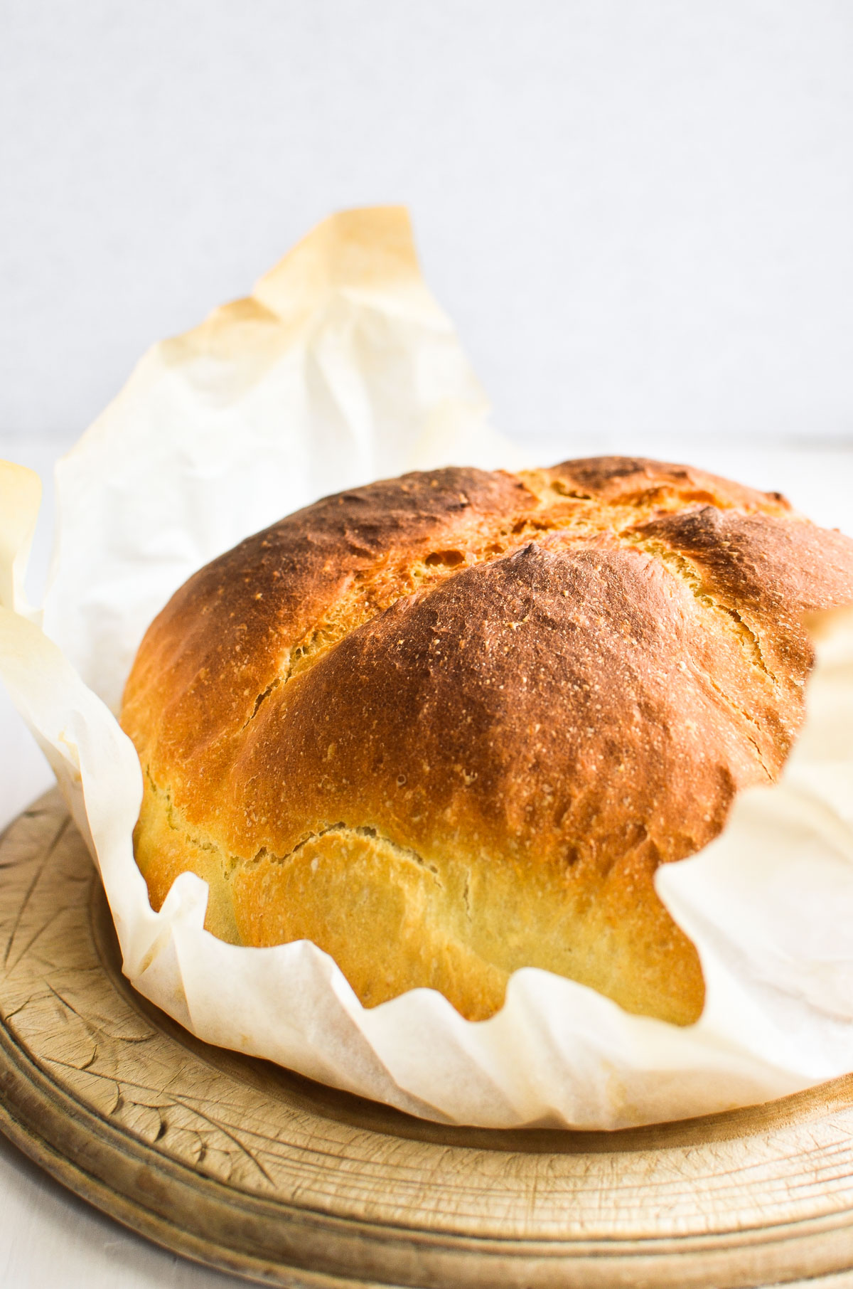 dutch oven bread in parchment