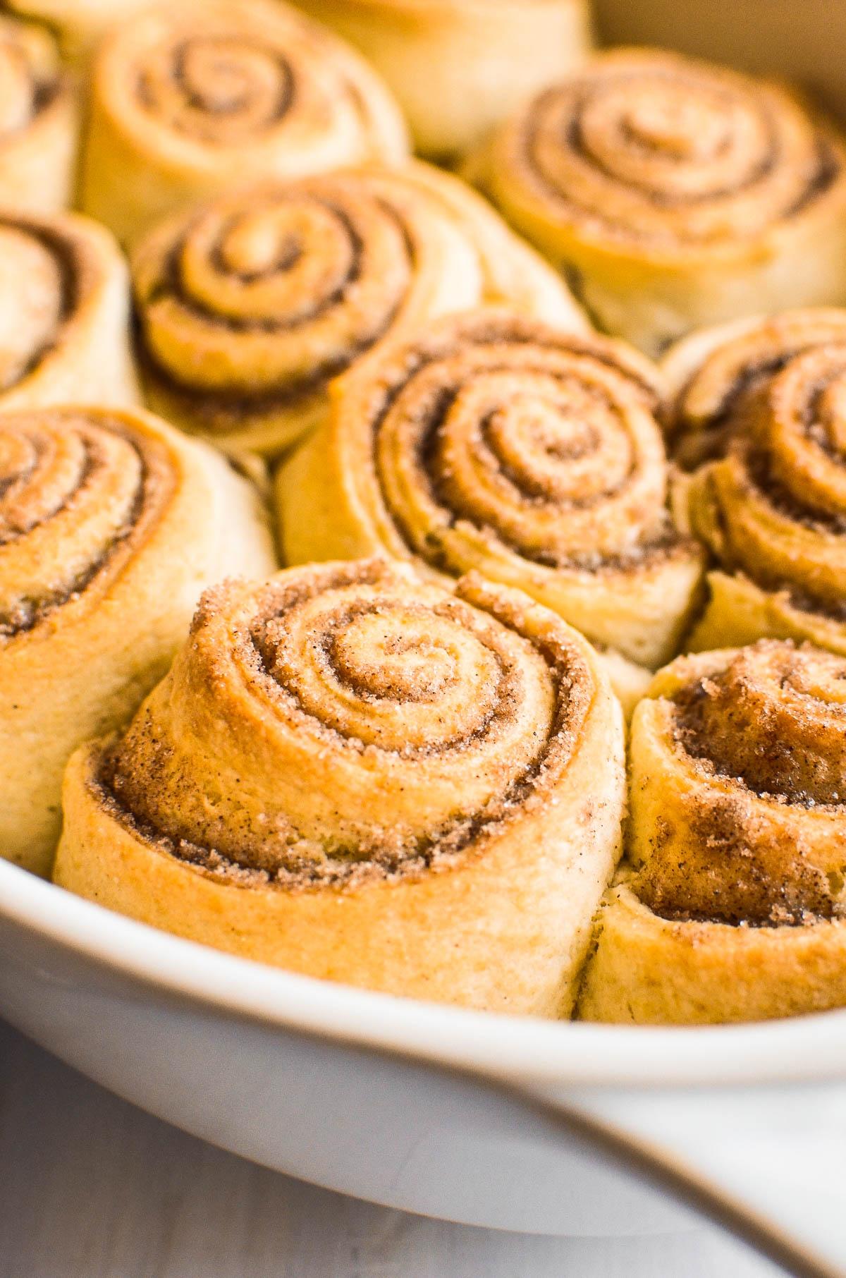 No yeast cinnamon rolls in pan