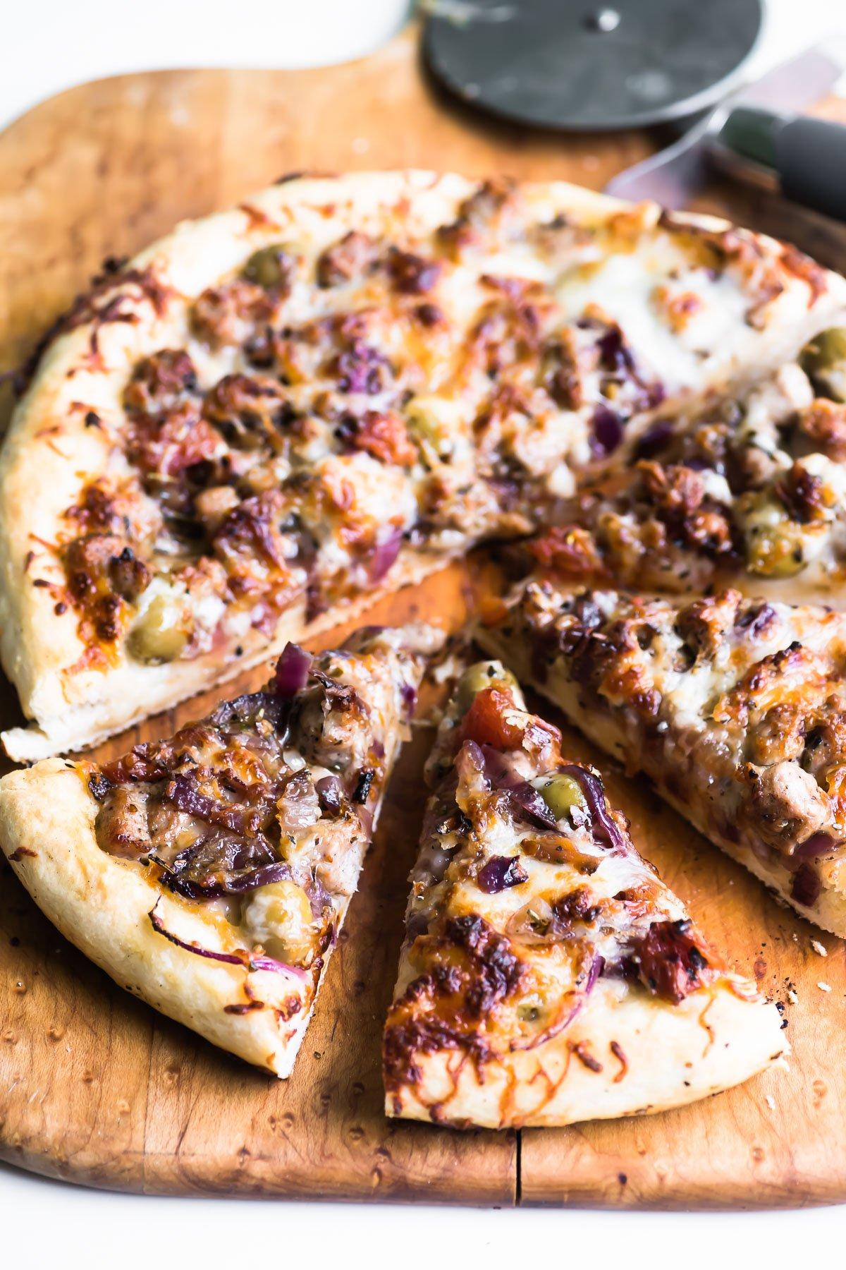 Jamie Oliver's No Yeast Pizza, sliced
