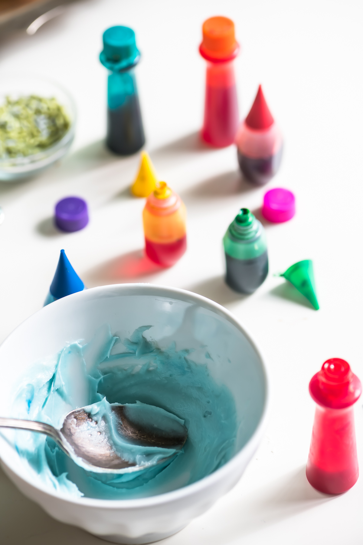 Food coloring for iced sugar cookies