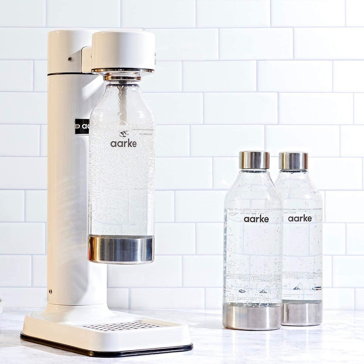 Aarke soda water machine