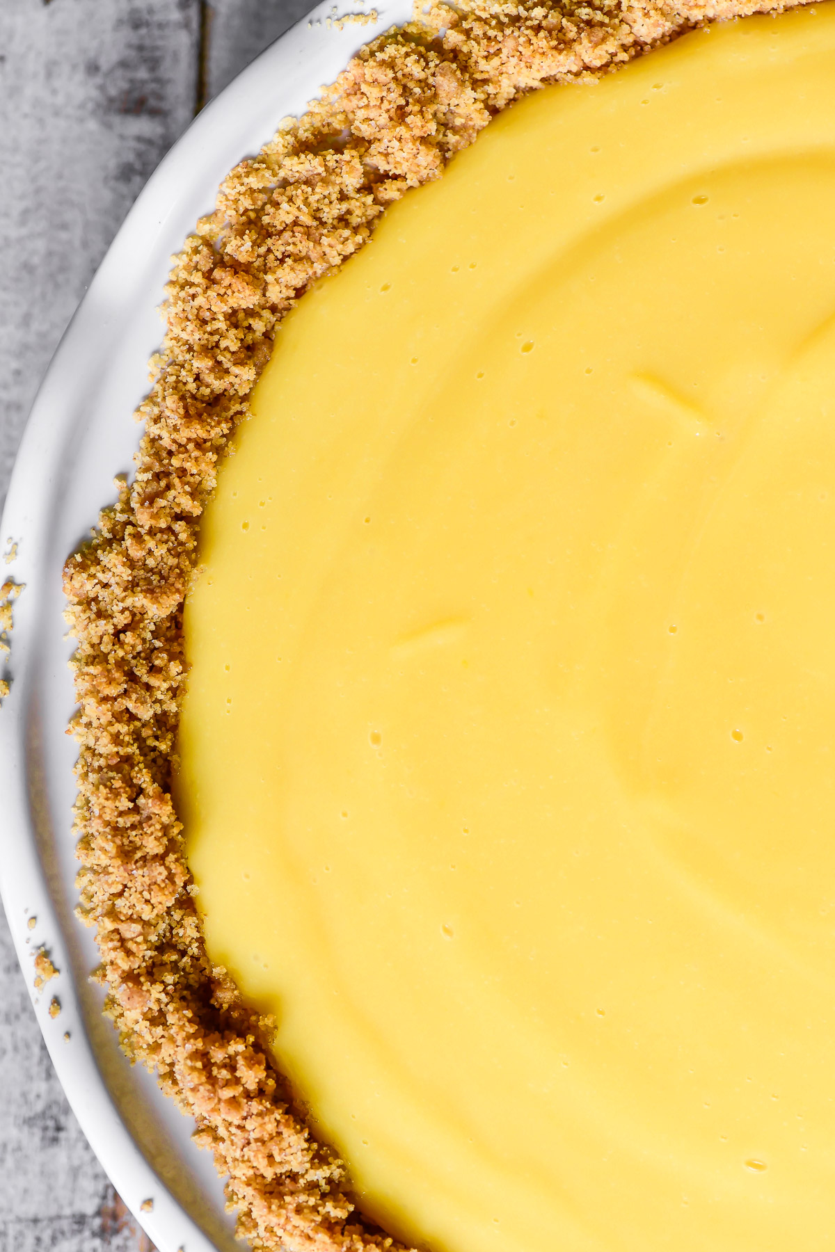 lemon pie with crumb crust