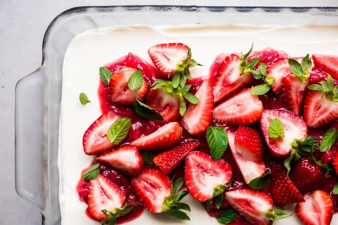 no bake strawberry slab cheesecake