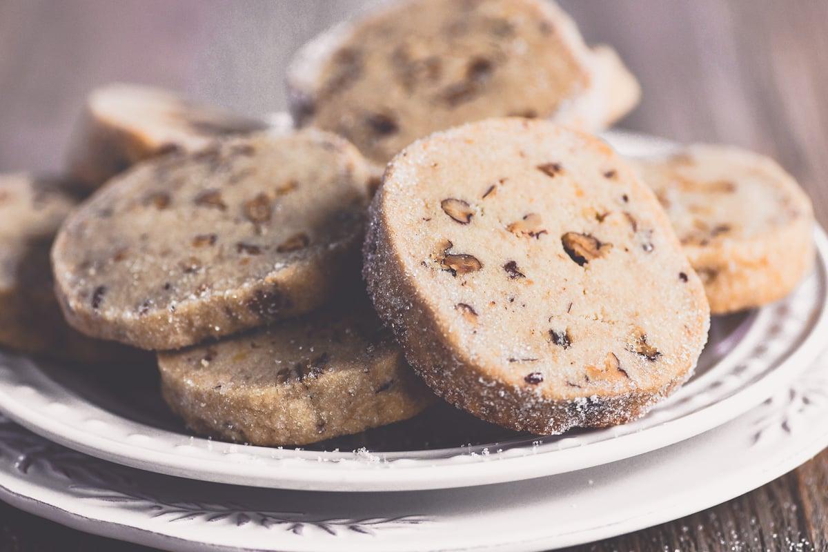 Pecan Sandies cookies on a plate