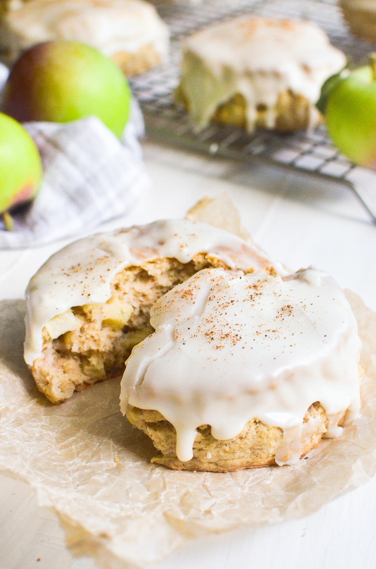 apple pie scones with glaze