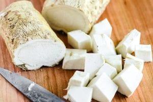 Peeling and slicing horseradish root