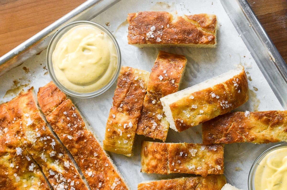 pretzel bread with maple mustard dipping sauce