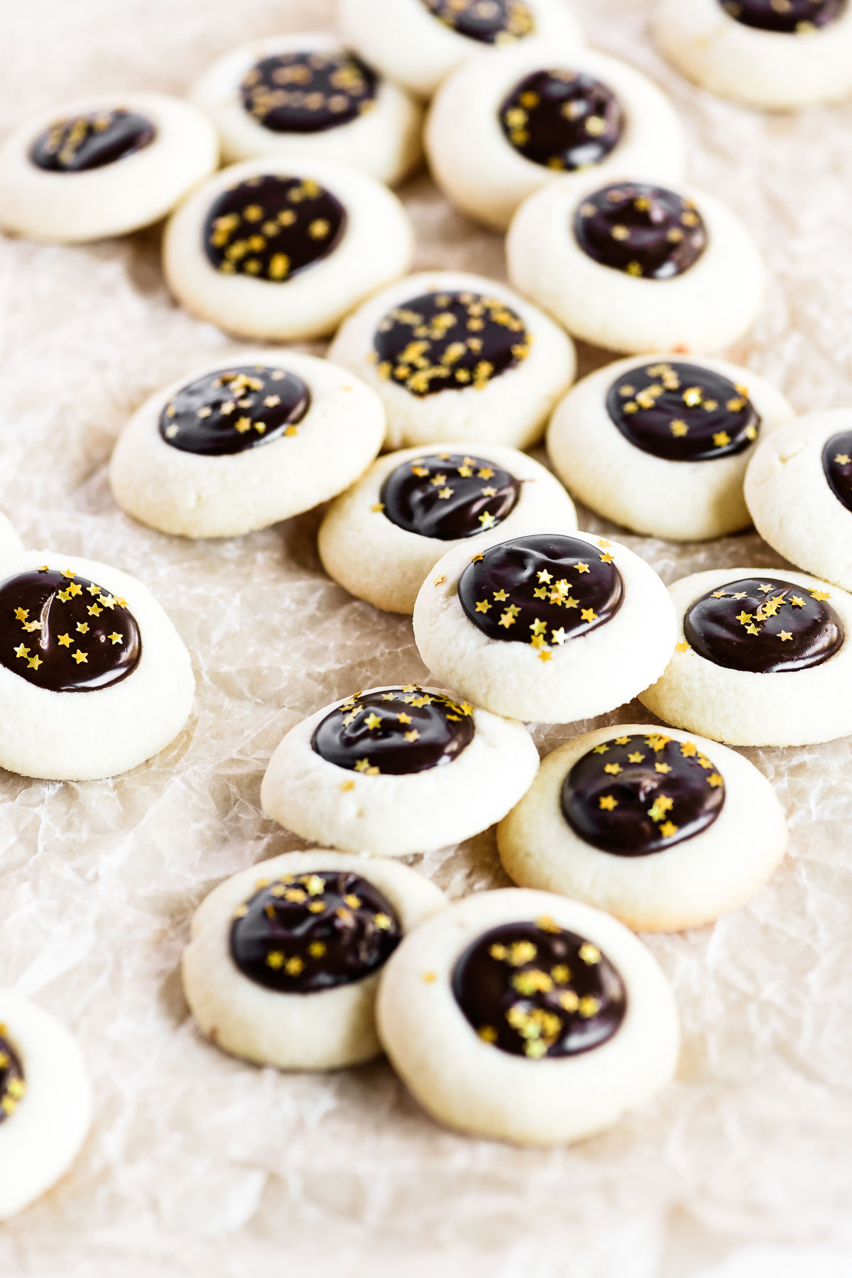 chocolate filled cookies with sprinkles