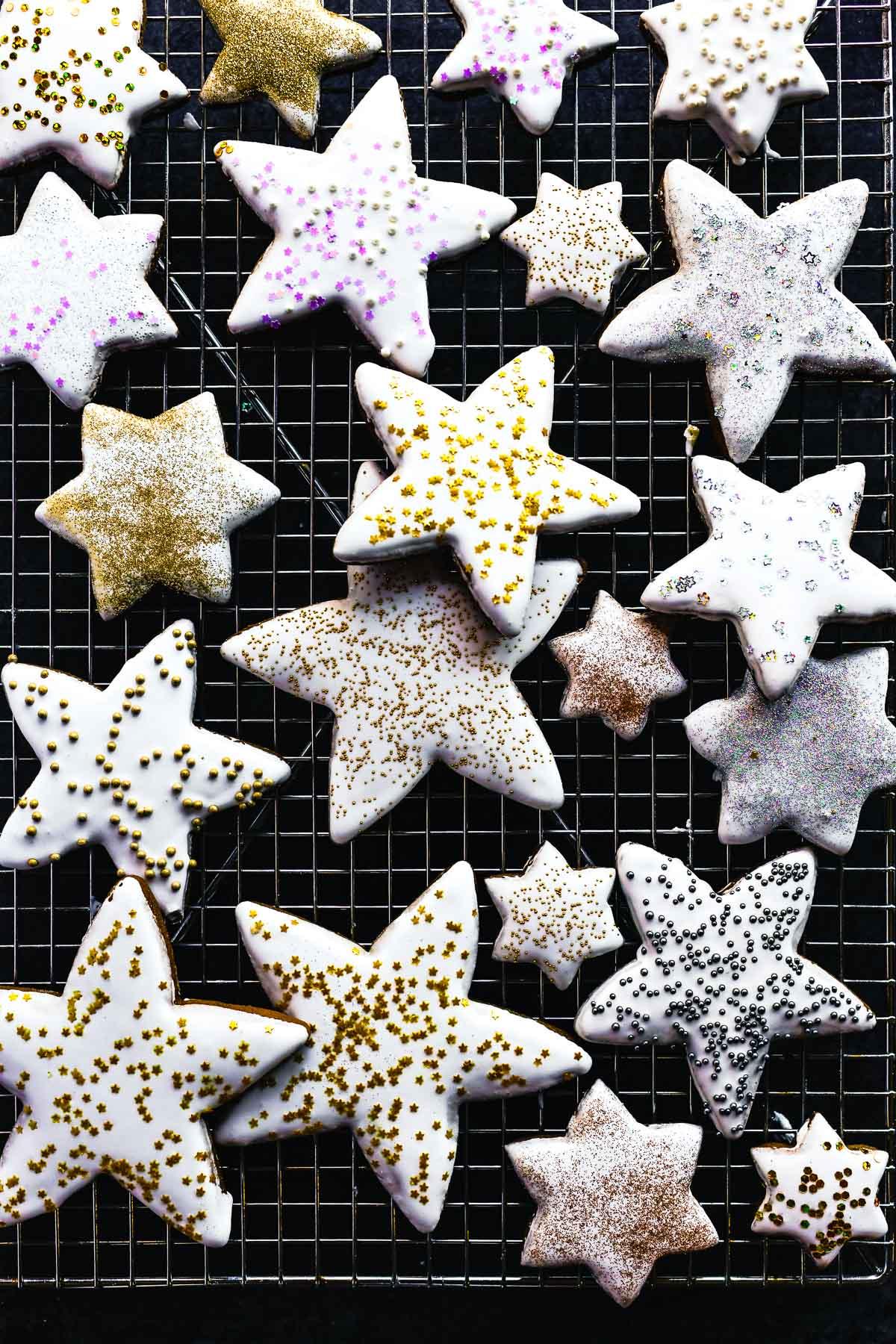 star gingerbread cookies with sprinkles