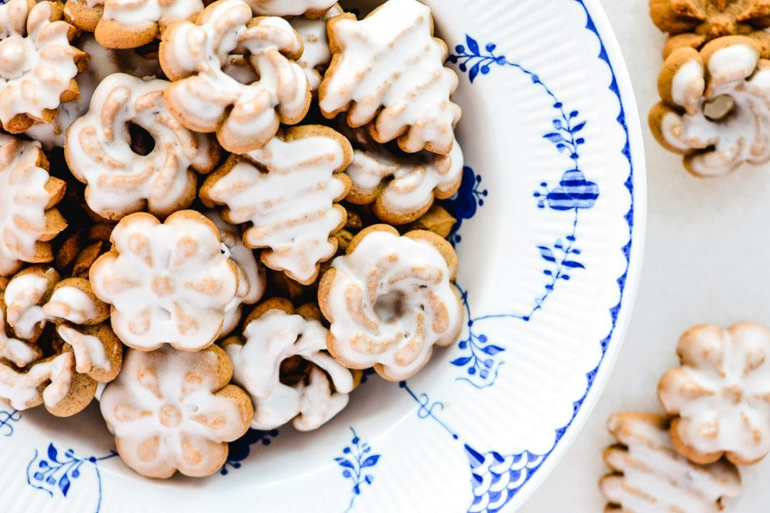 gingerbread spritz cookies in a bowl