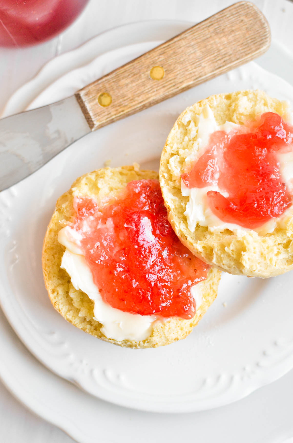 Irish soda scones with jam