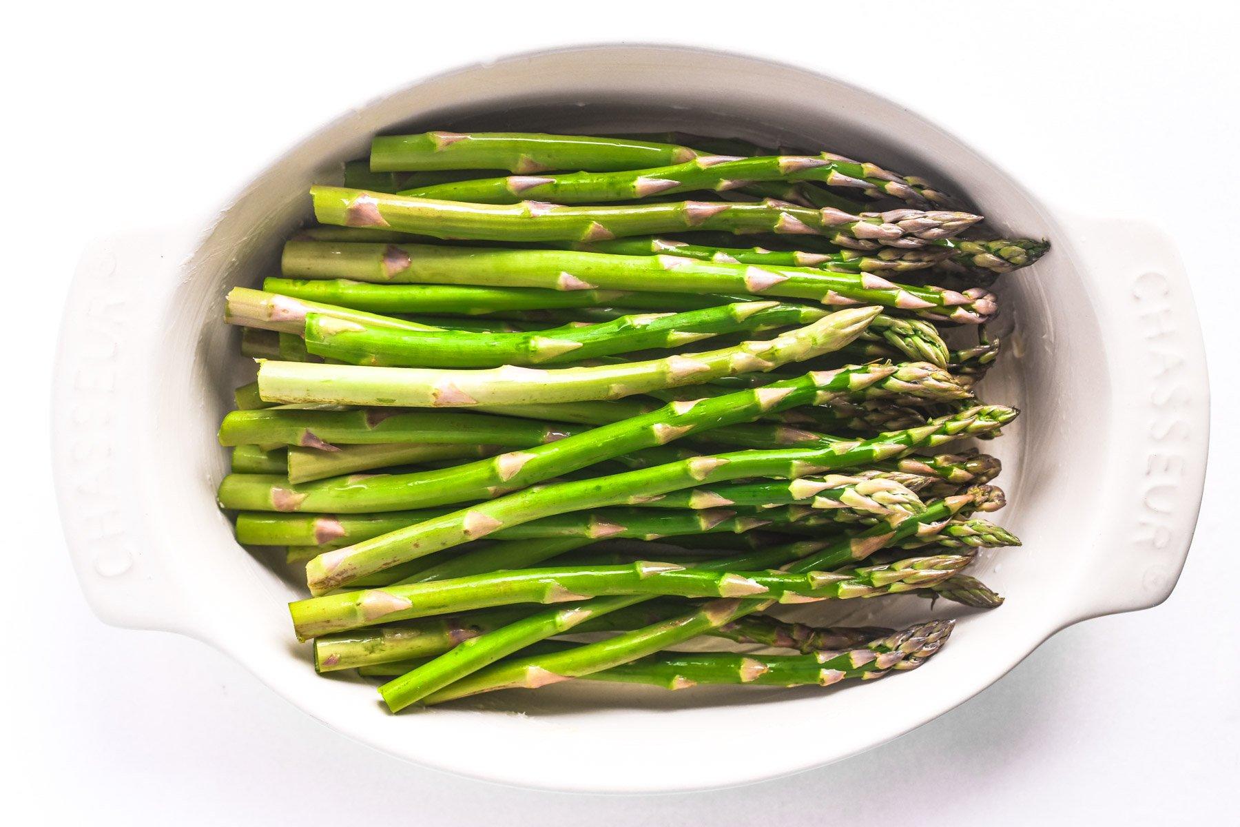 asparagus in gratin dish