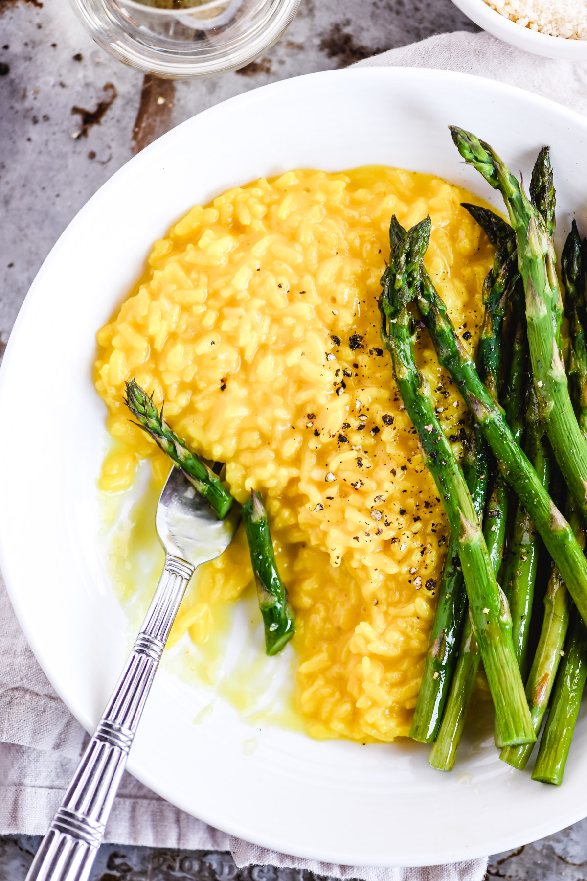 saffron risotto with roasted asparagus