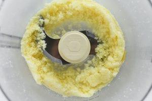 making lemon sugar
