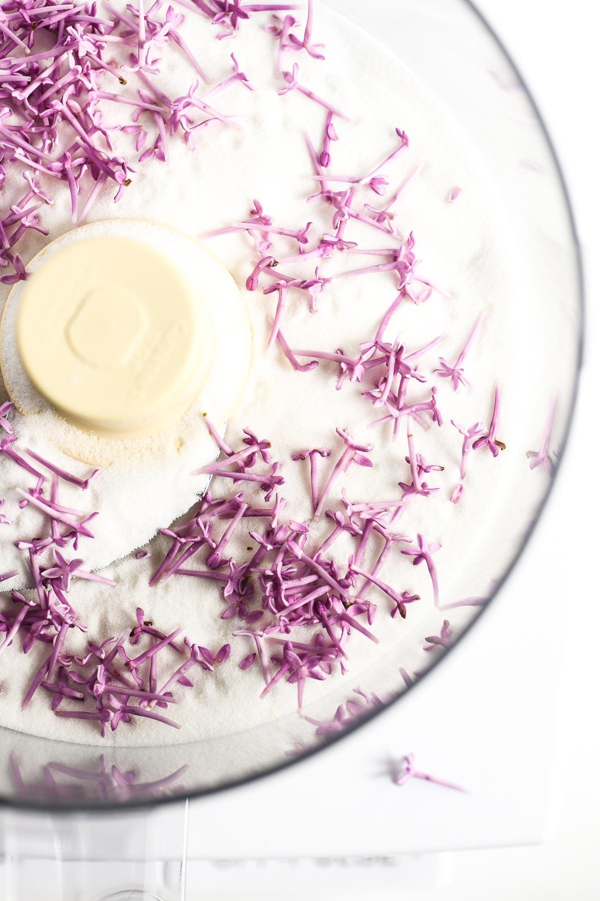 making lilac sugar