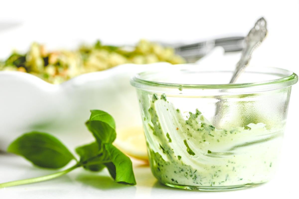 basil mayonnaise dressing