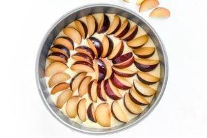 making a ricotta plum cake