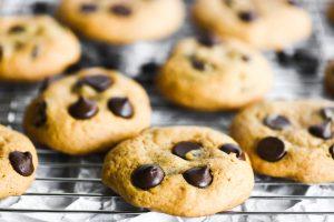 pumpkin chocolate chip cookies cooling