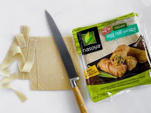 slicing wonton wrappers